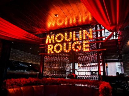 Moulin Rouge NYE 2014, Lily & Bloom