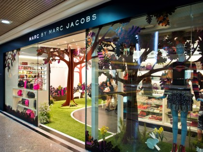 Marc Jacobs Shop Opening Event and Window Display